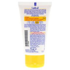 LADIVAL Schutz&Br�une Plus Creme f.Gesicht LSF 30 75 Milliliter - R�ckseite